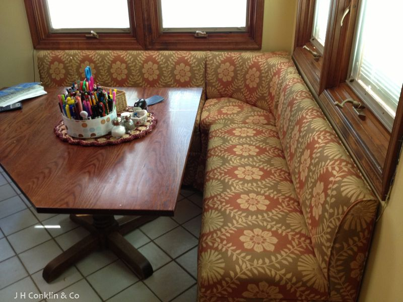 Upholstered kitchen bench in Wenonah, NJ