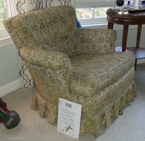 Arm chair to re-upholster Cherry Hill, NJ