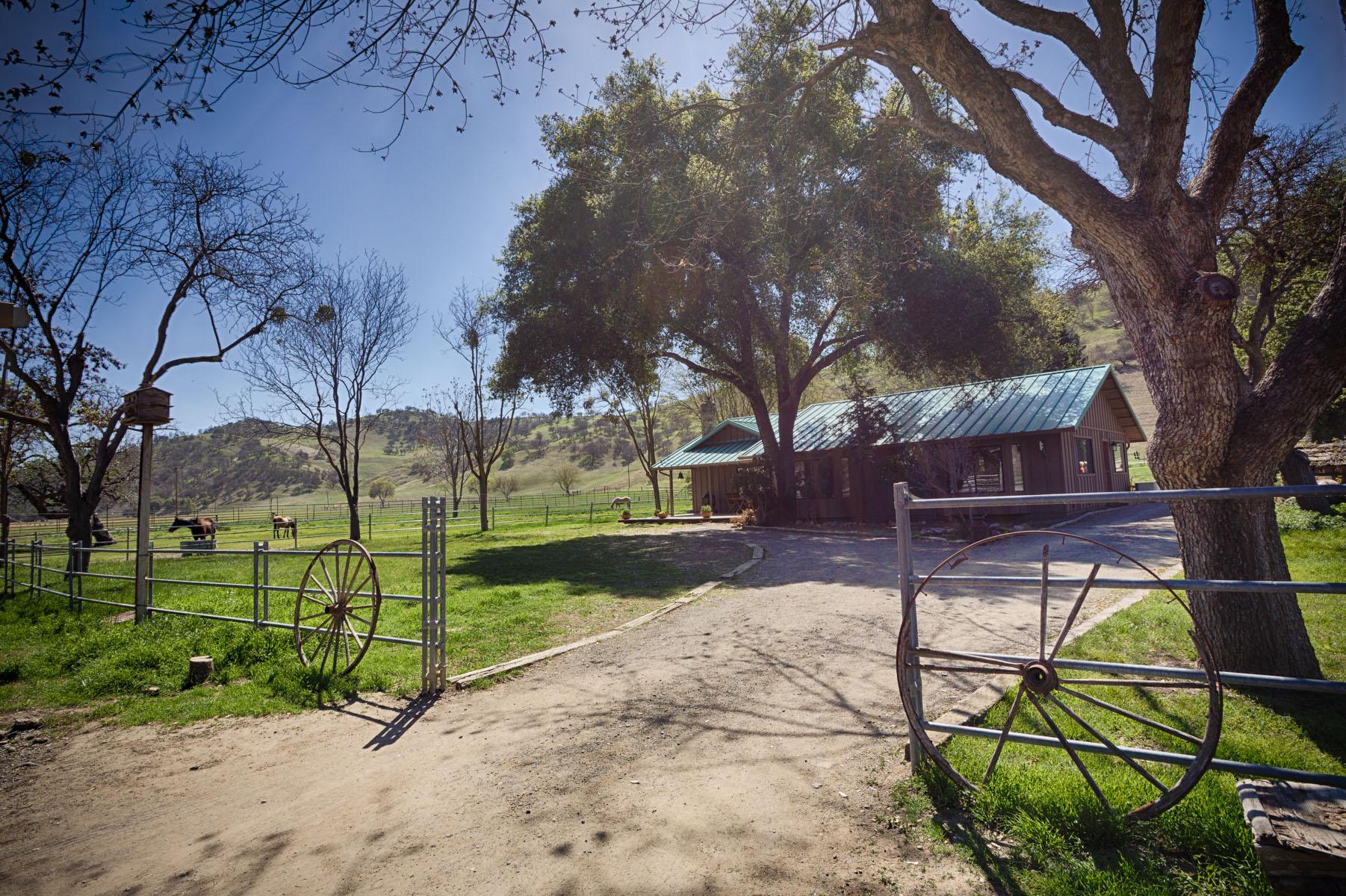Bar SZ Ranch House