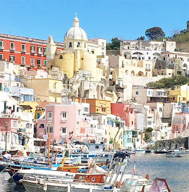 All of the colorful buildings live in Procida ❤️
