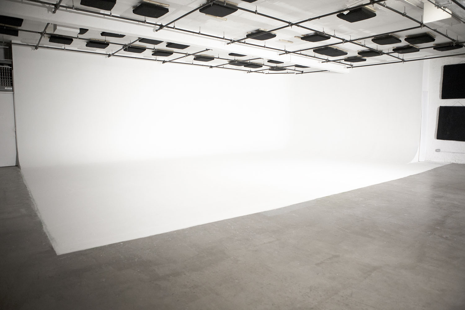 Photo, Video & Film Studio NYC | White Cyc Studio Rentals