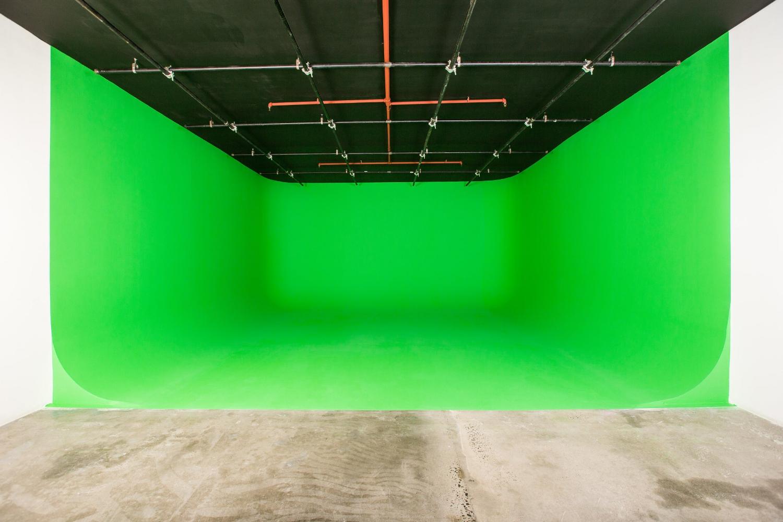 be-electric-green-screen-nyc.jpg