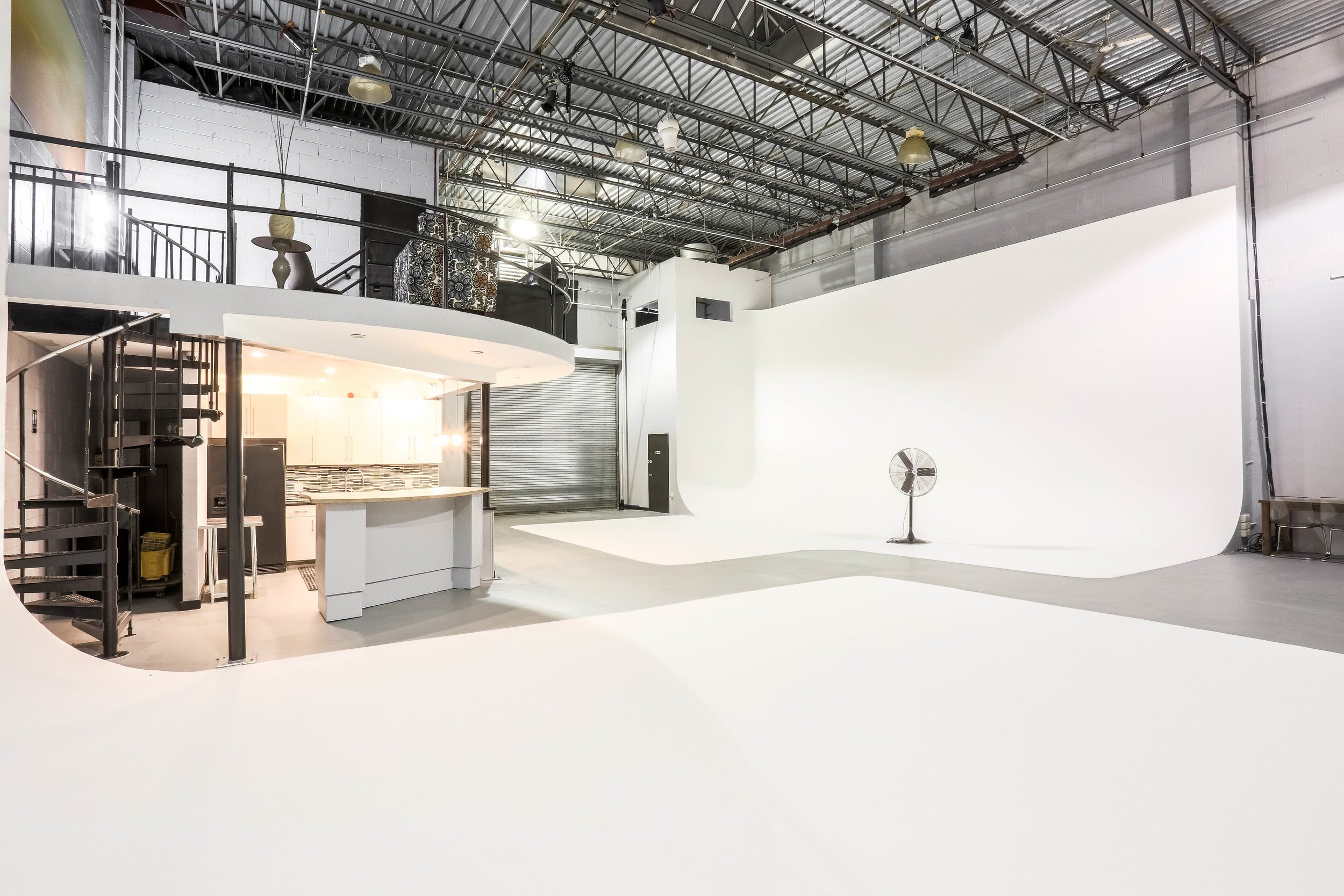 high-ceiling-cyc-studio-nyc.jpg