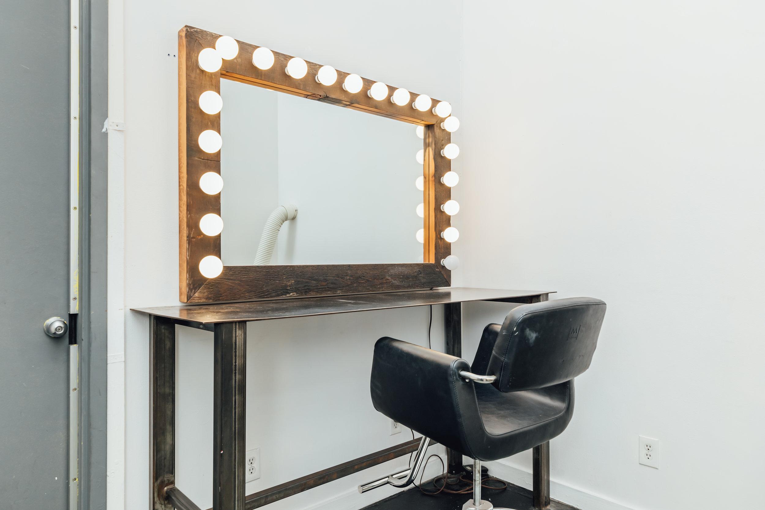 Hair and Makeup Room 1-01.jpg