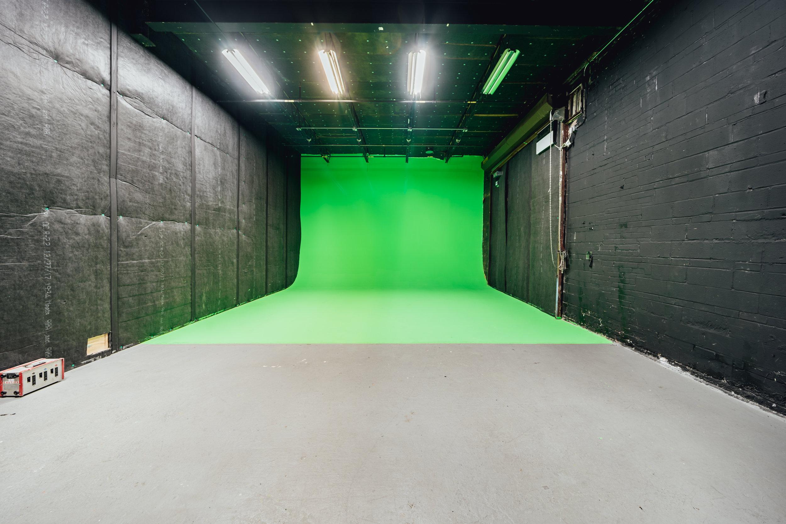 Studio 6-01.jpg