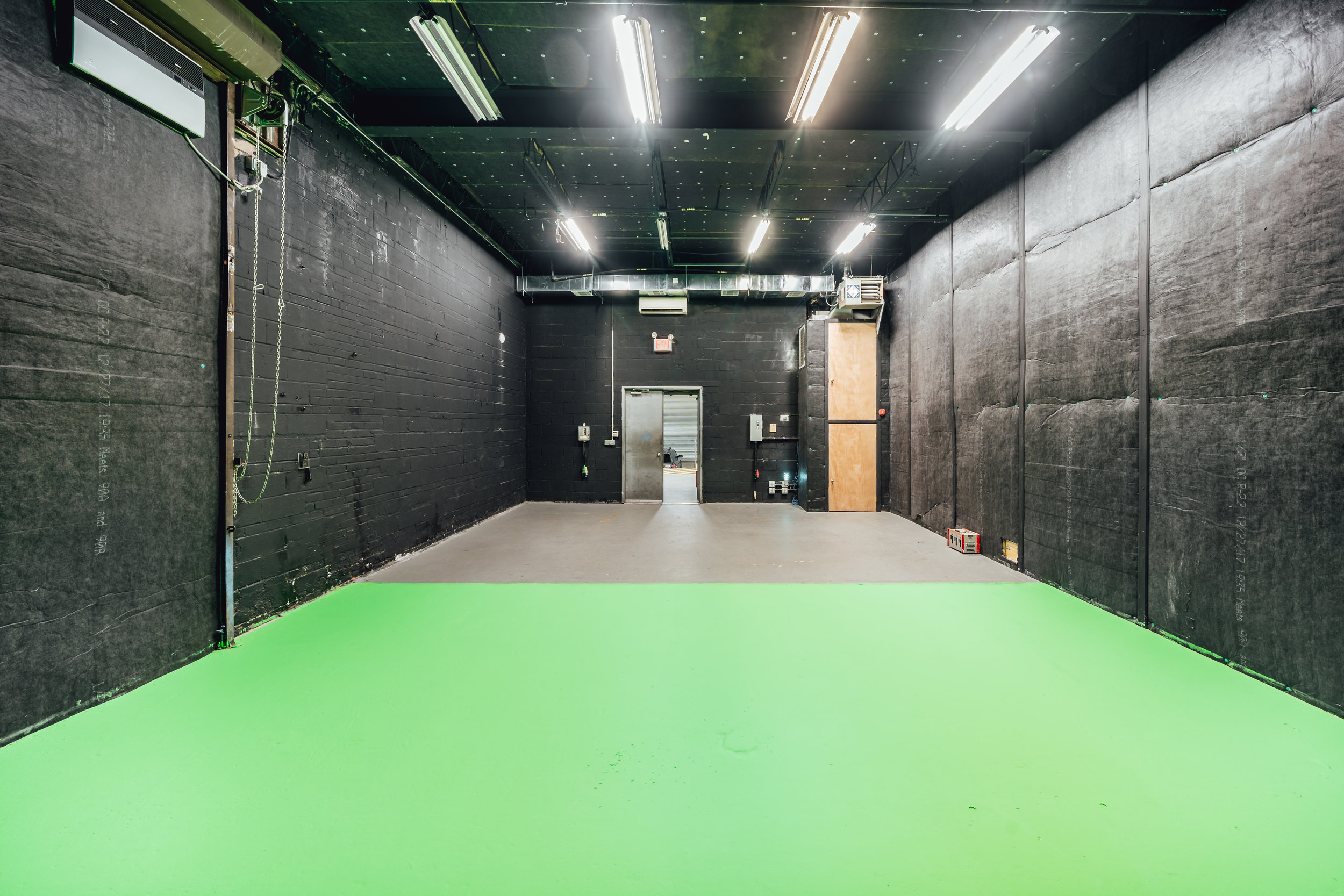Studio 6-05.jpg