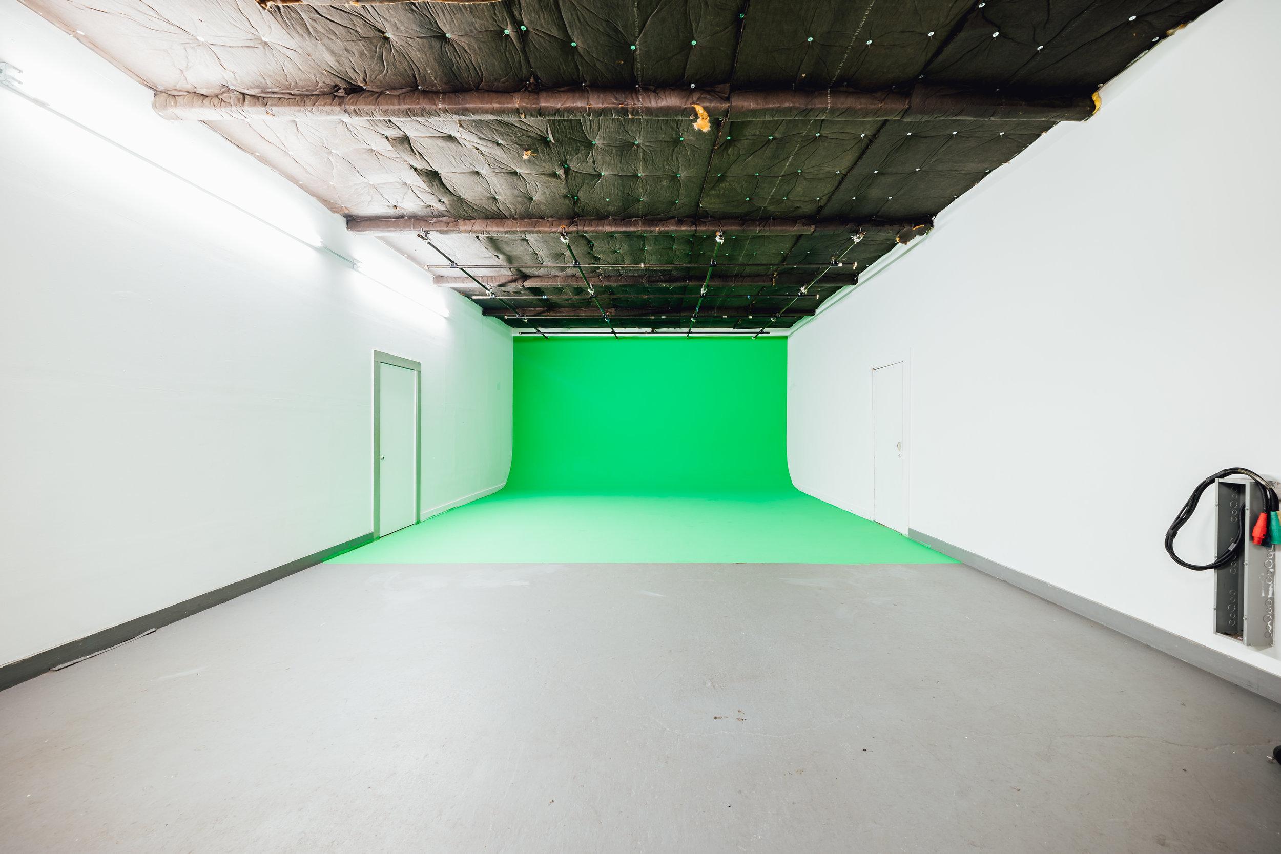 BE ELECTRIC: Green Screen Studio NYC   Green Screen Brooklyn