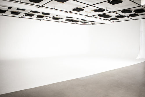 演播室2设施:5000平方英尺演播室:3500平方英尺