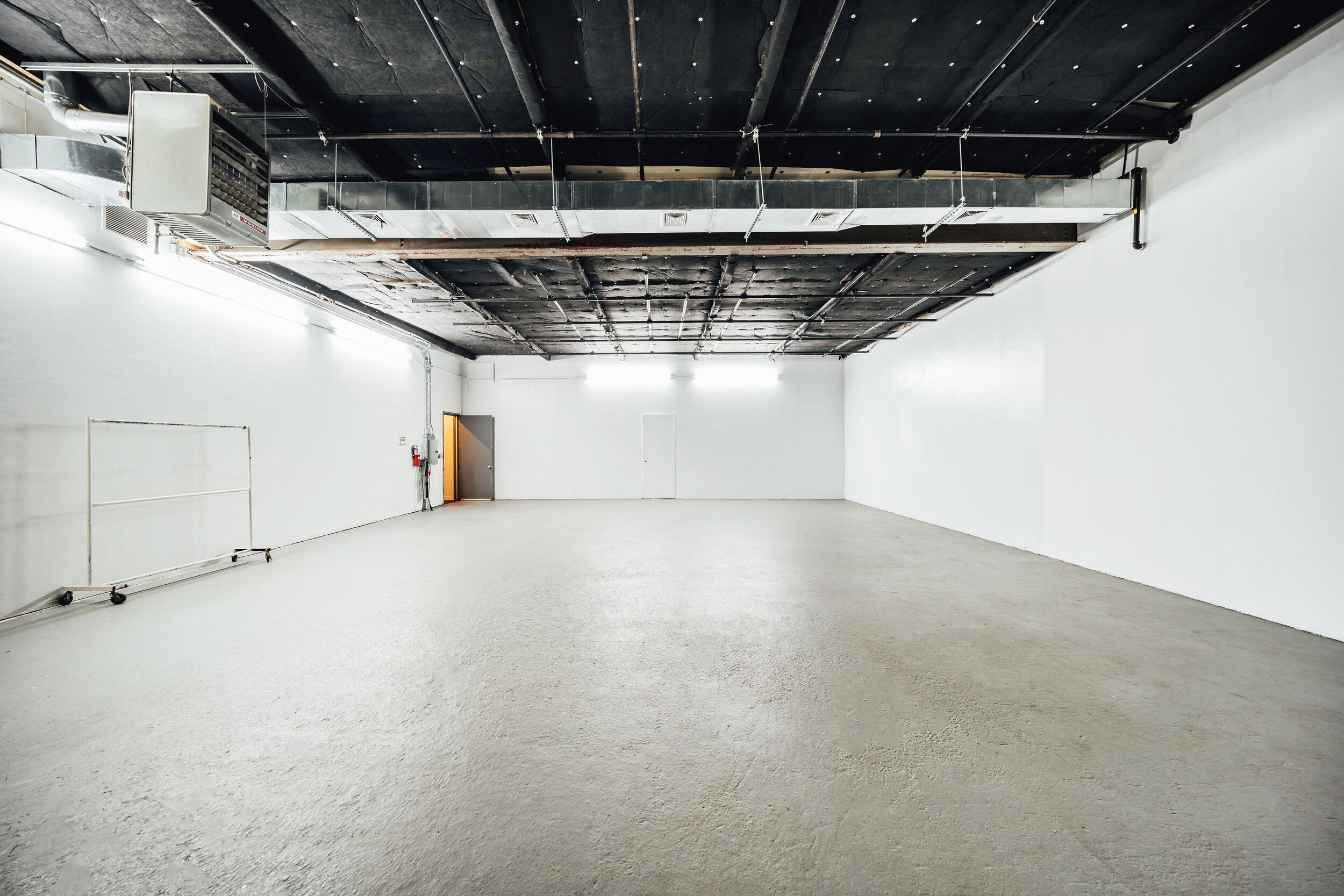 7号演播室设施:5000平方英尺演播室:1739平方英尺
