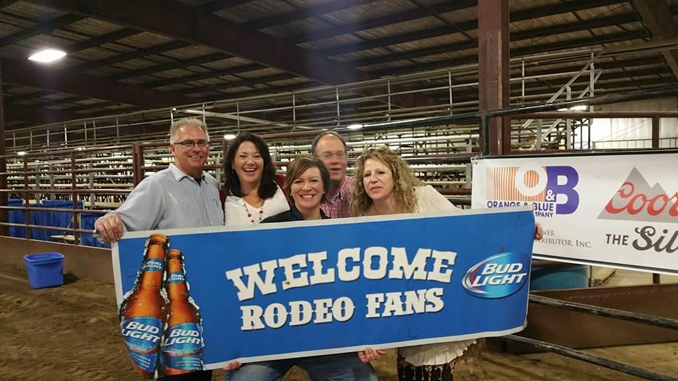 rodeo fans.jpg