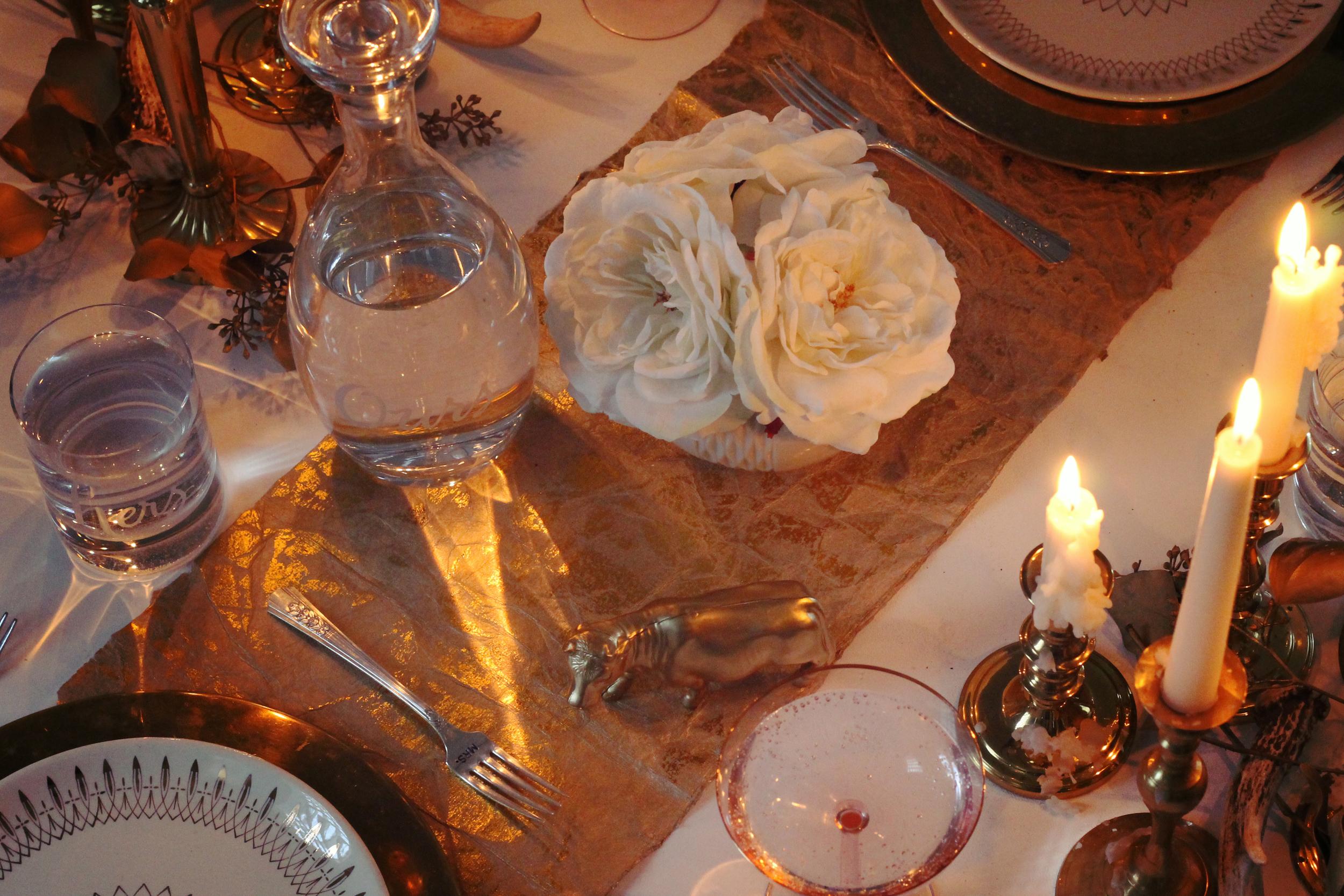 Famsgiving Fall Dinner Decor | Sugar & Gold