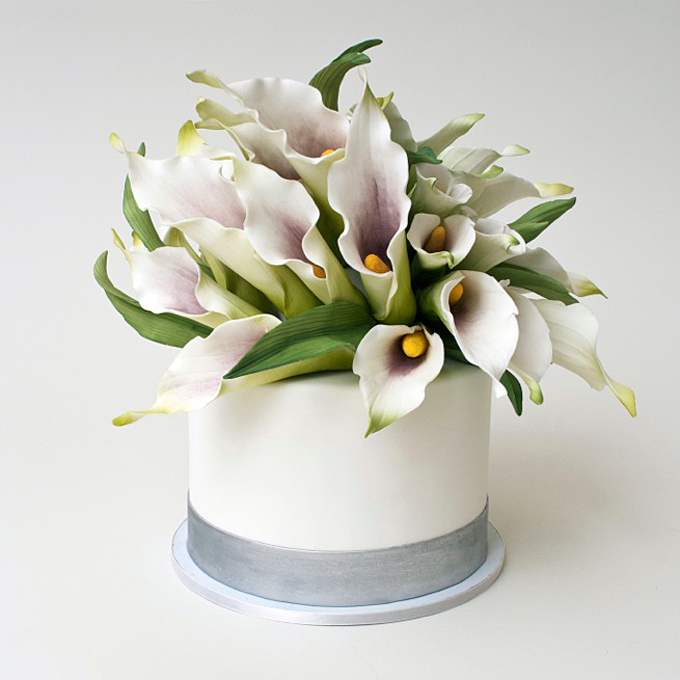 Calla lily cake by Ron Ben Israel Cakes