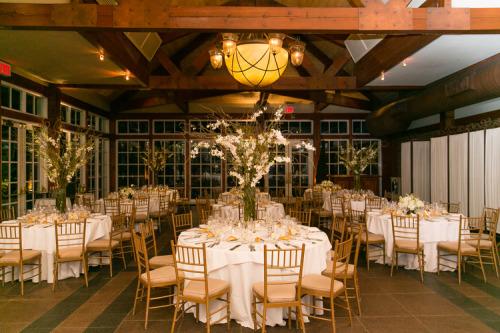 (Main event hall at Loeb Boathouse, Photo by Emilia Jane)
