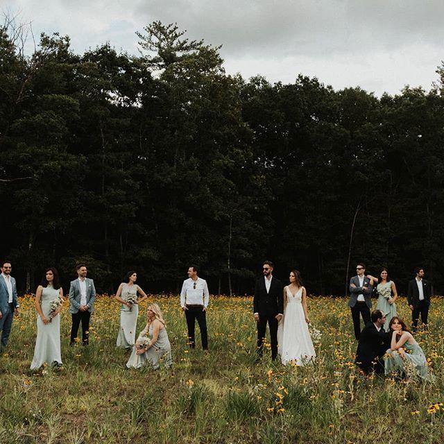 What 2019 Wedding Party Portraits are made of  @sambufalo . . #weddingparty #bridesmaids #gathergreene #hudsonvalleyweddings #pdotevents #nywedding