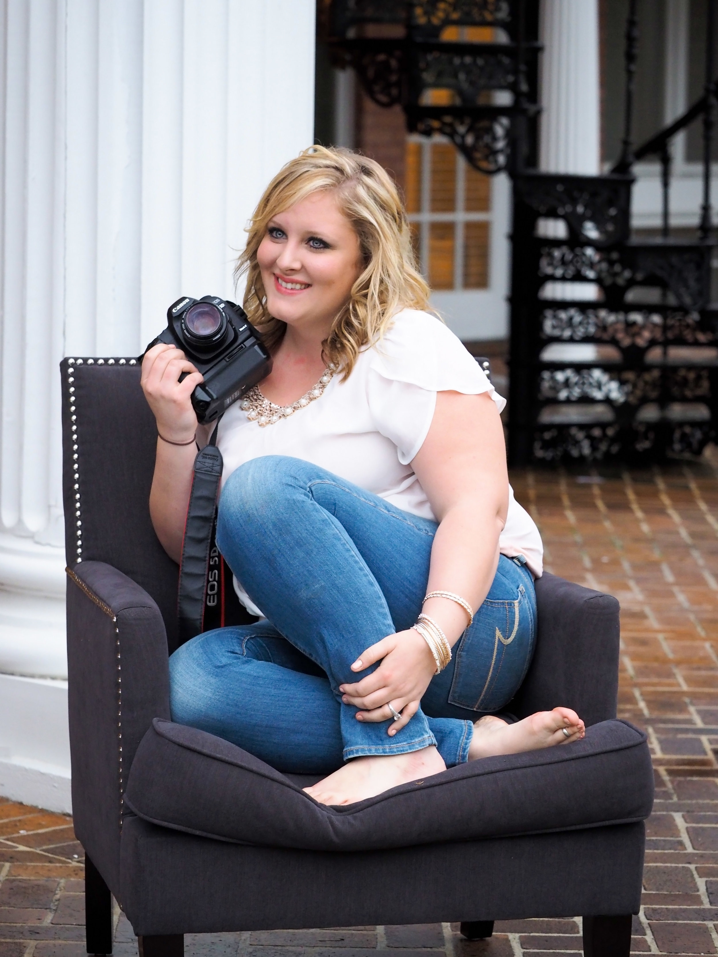 Business photography for women entrepreneurs that want to tell their story and connect with their clients | Bountiful Path Photography