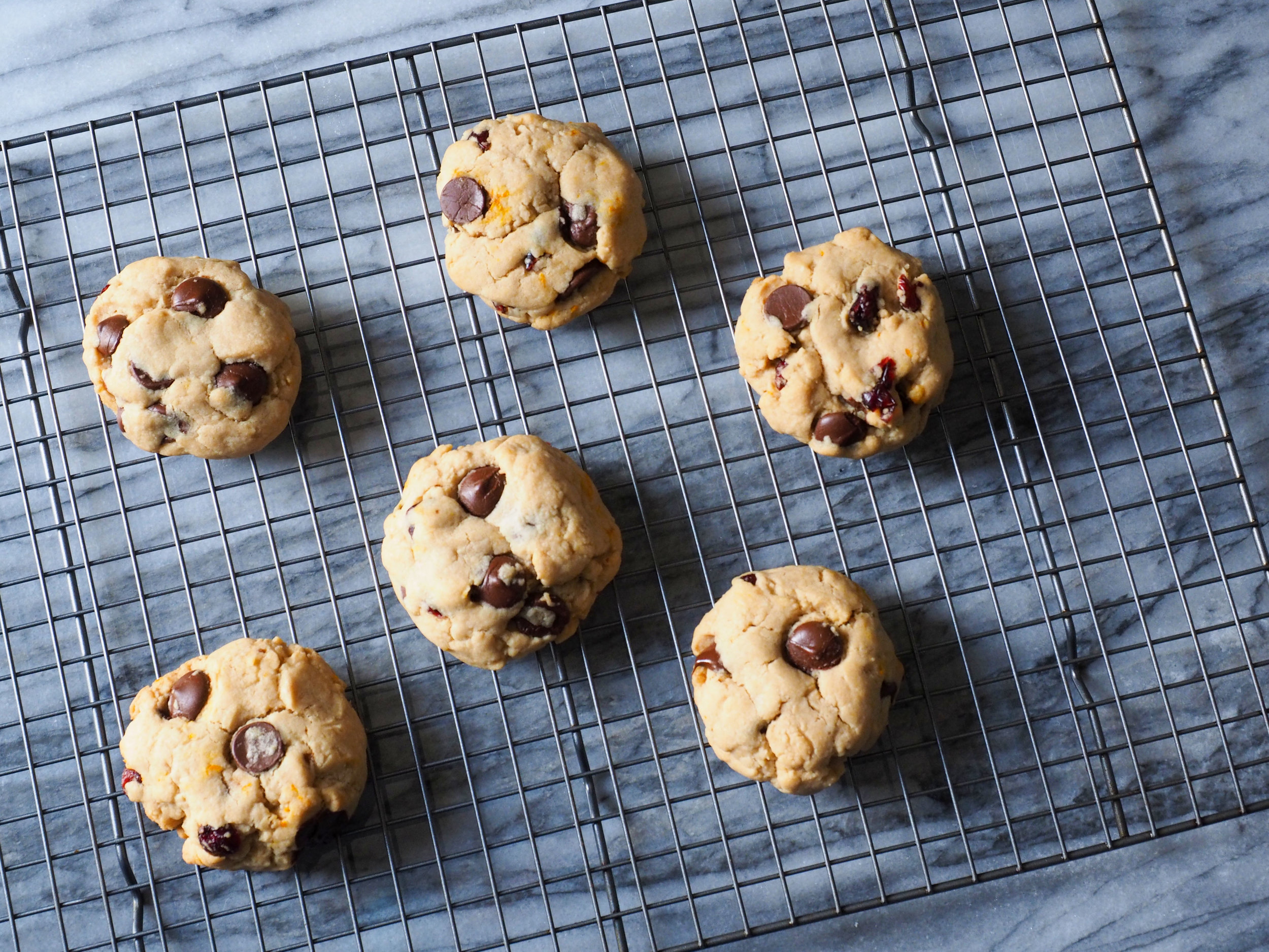 3 lessons from the book Steal Like an Artist and how it relates to reinventing the classic chocolate chip cookie recipe | Bountiful Path