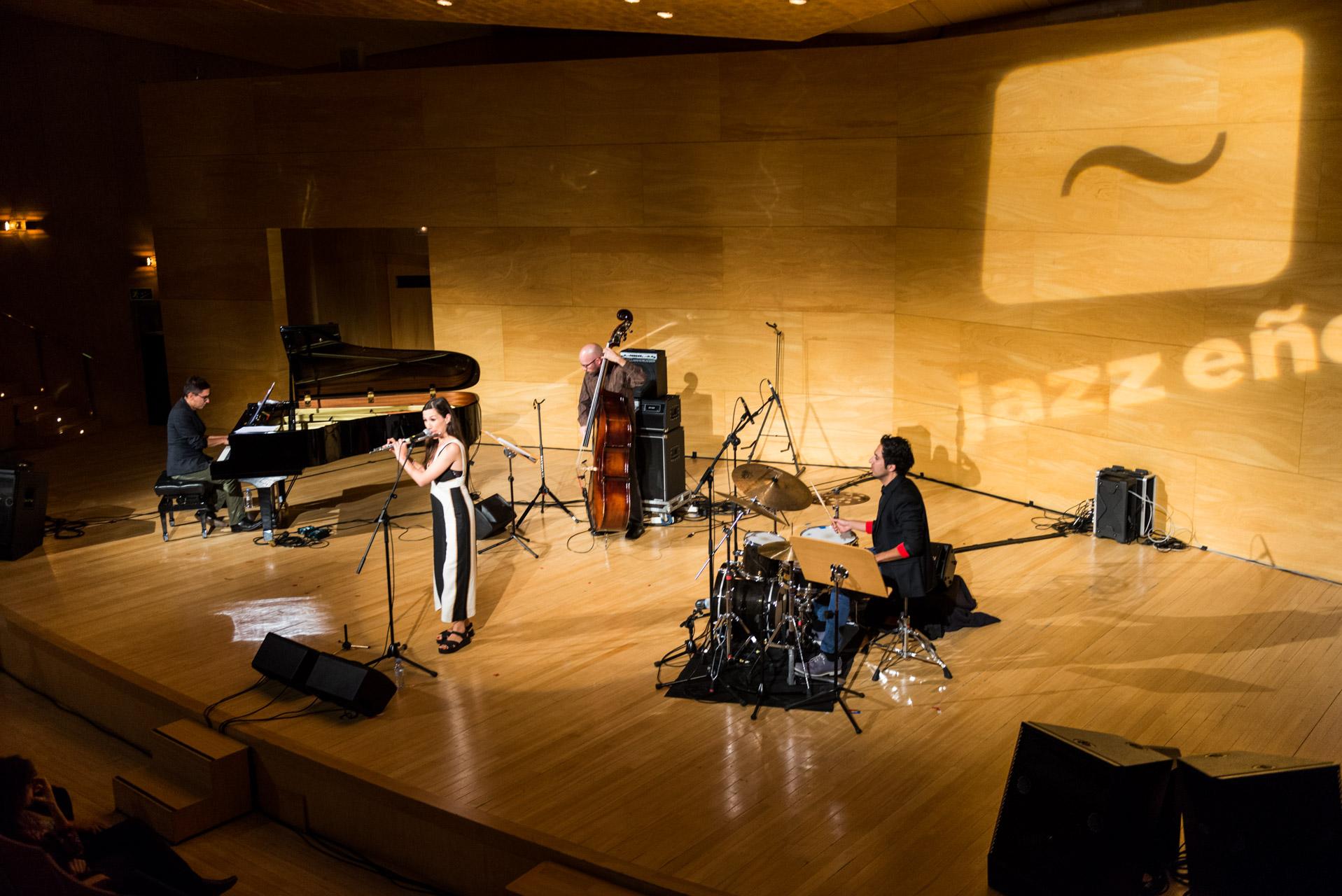 Maria Toro_ Jazz con E+›e_ Foto Jaime Oriz (web)-6.jpg