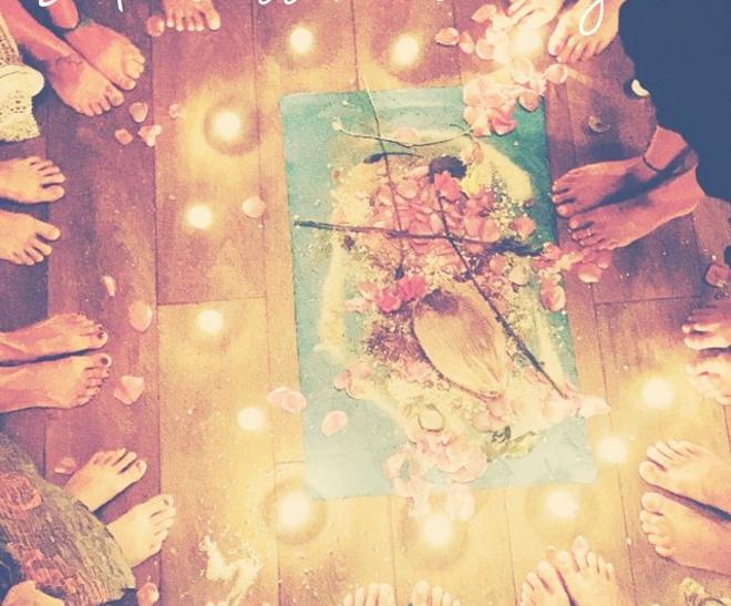 kundalini yoga meditation ceremoni nickoline camille århus kbh workshop nytår