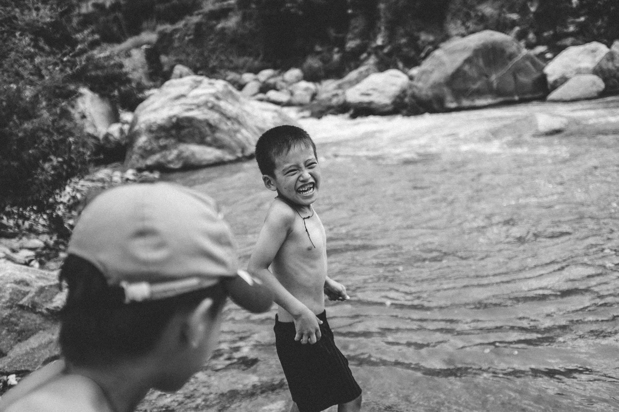 Cold river in Bhutan © Dylan Haskin