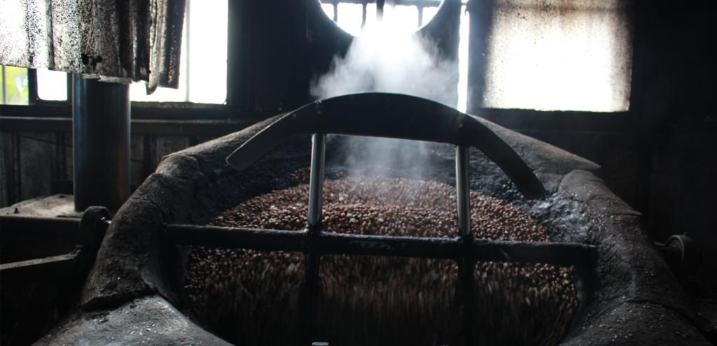 傳統高溫焙炒(150-200度C)