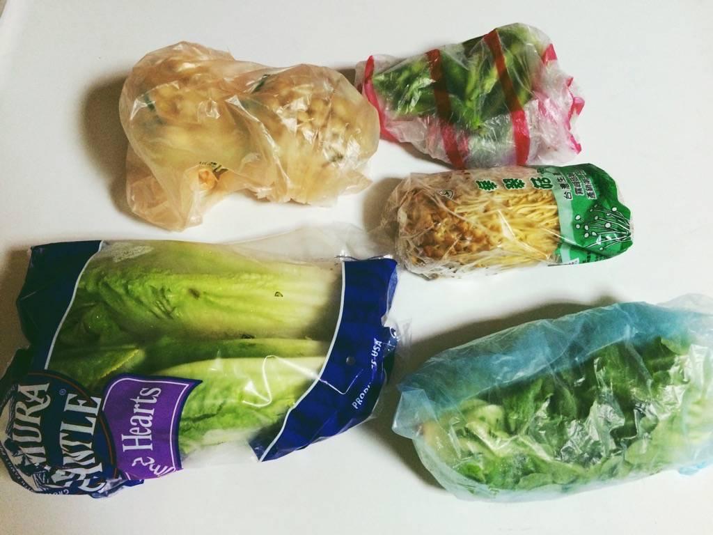 你家冷藏庫也是這樣五顏六色的塑膠袋嗎?