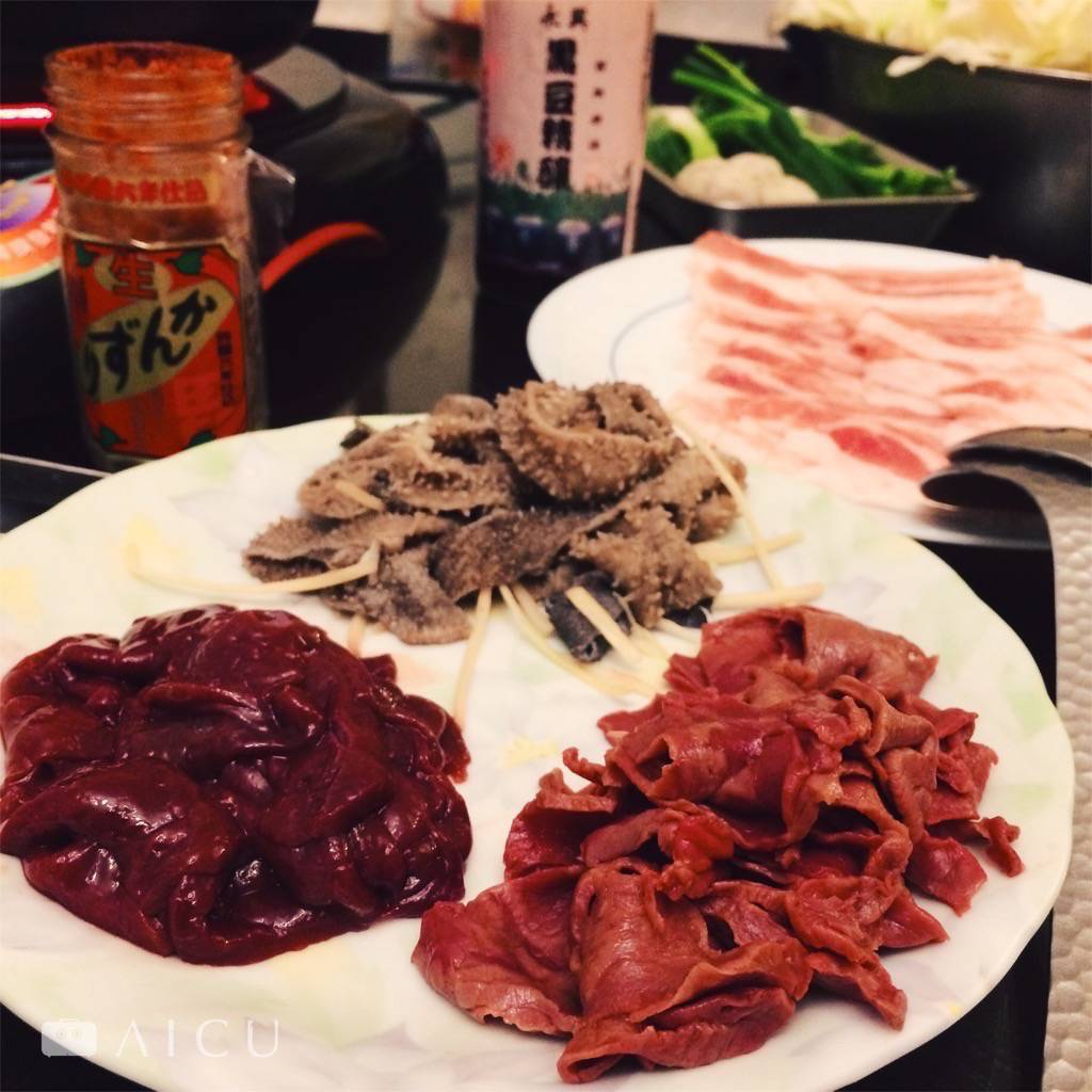 牛心瘦肉雖薄可有咬勁;牛肝嫩;牛肚勿涮久,脆。