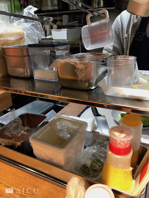 深容器大應用 - 繁瑣的菜色需要各種容器的搭配