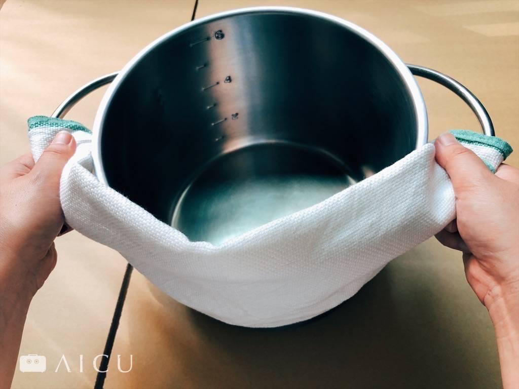 不管煮什麼,隨時都準備一條吸水性強的好布準沒錯。