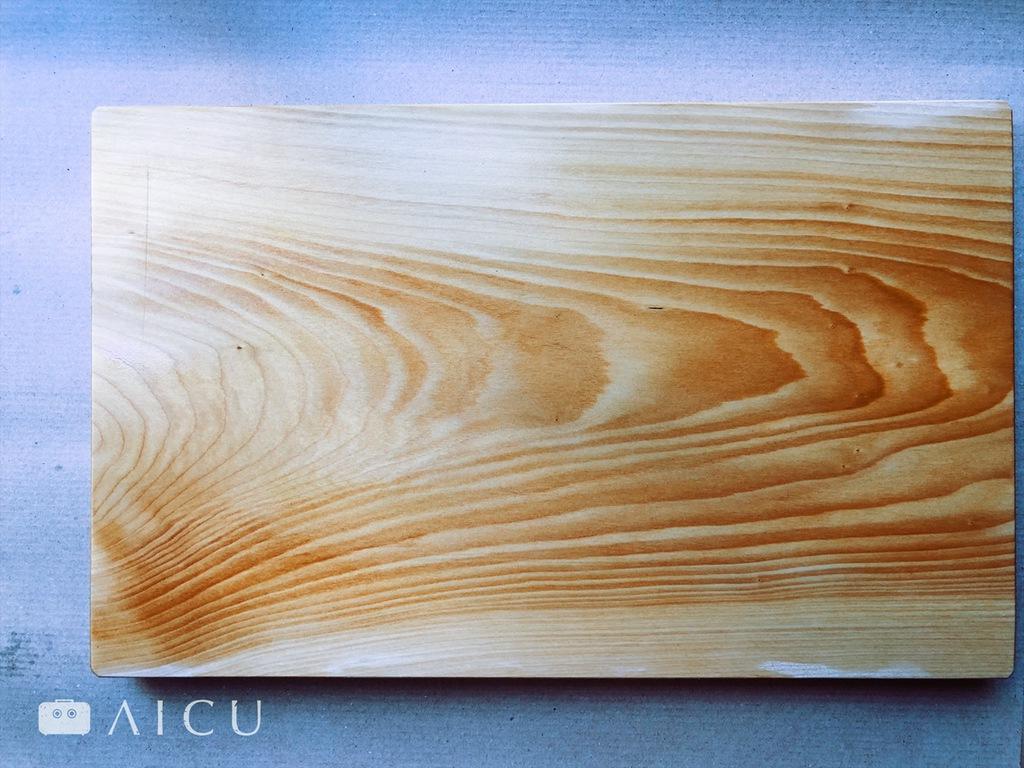500年的銀杏砧板,木紋如畫。