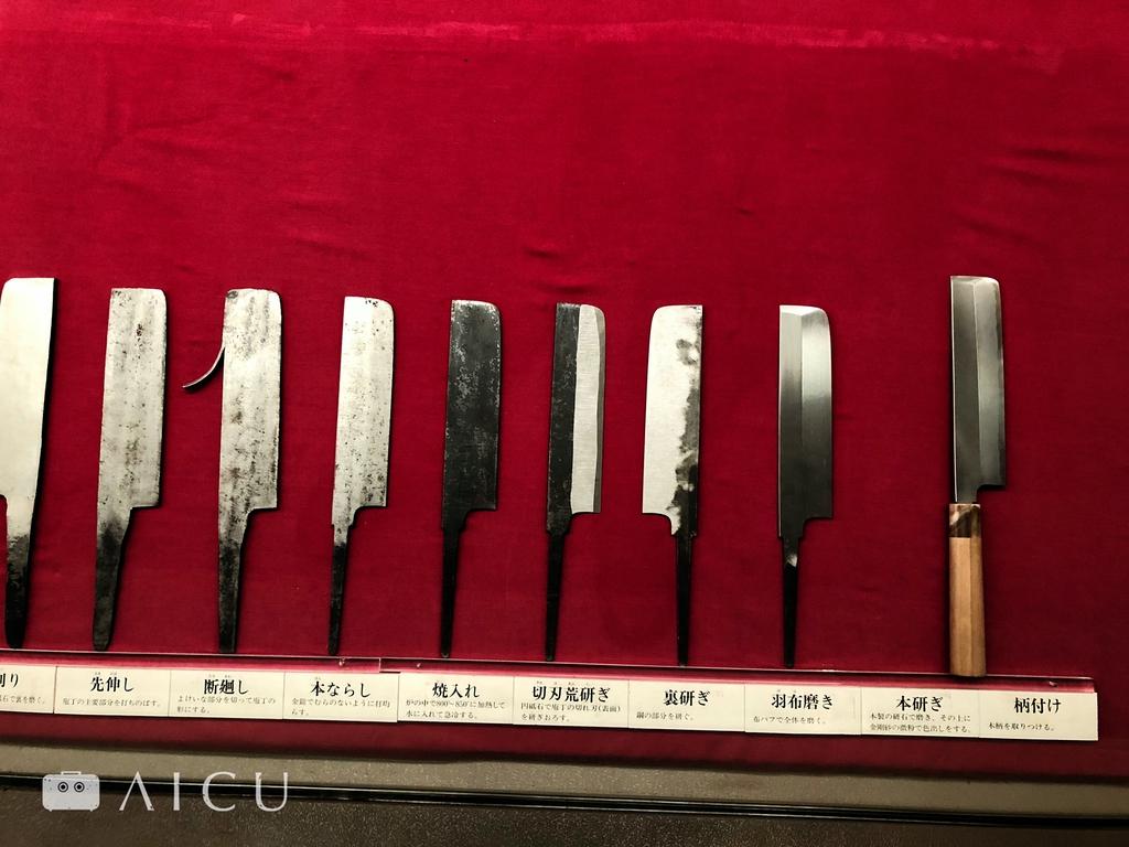 和式菜刀的製作過程。
