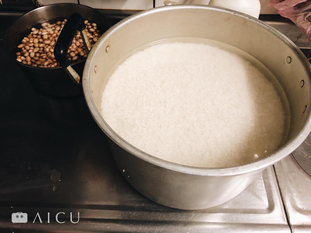 米為肉粽最重要靈魂。 - 要泡水但別泡太久。