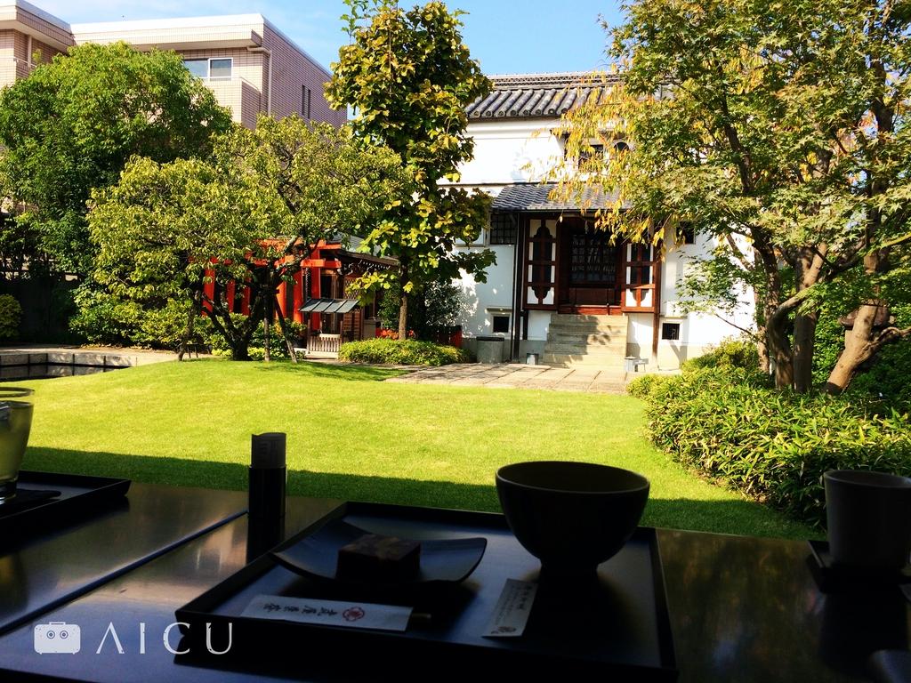 綠意盎然的京都虎屋庭園