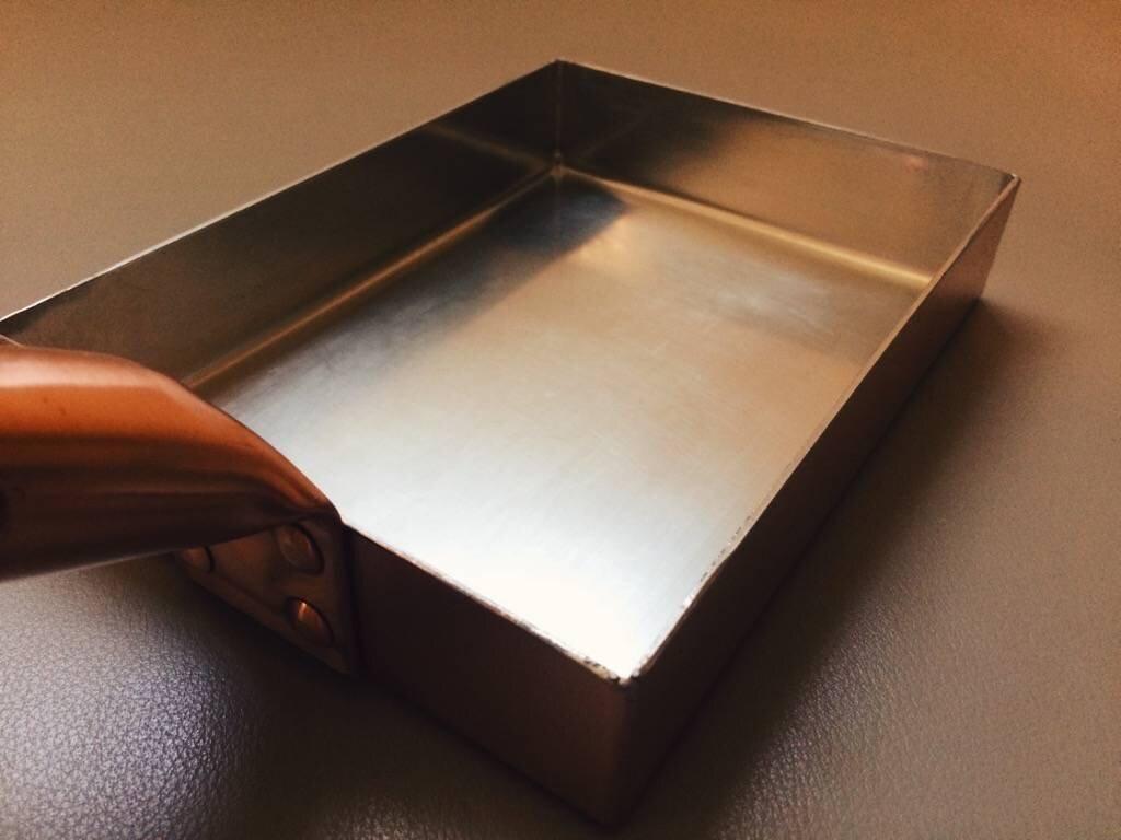 銅玉子燒鍋 - 東京四代職人手工製作,專業師父指定最愛用。