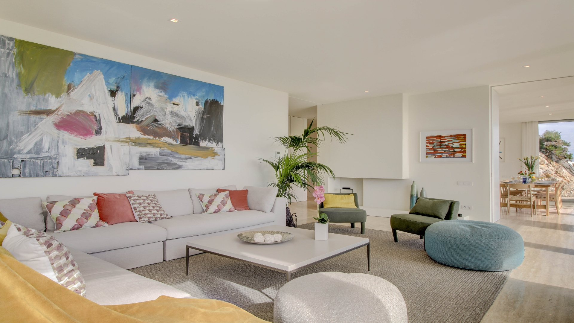 AFTER: An inviting high-end rental property giving a superb first impression