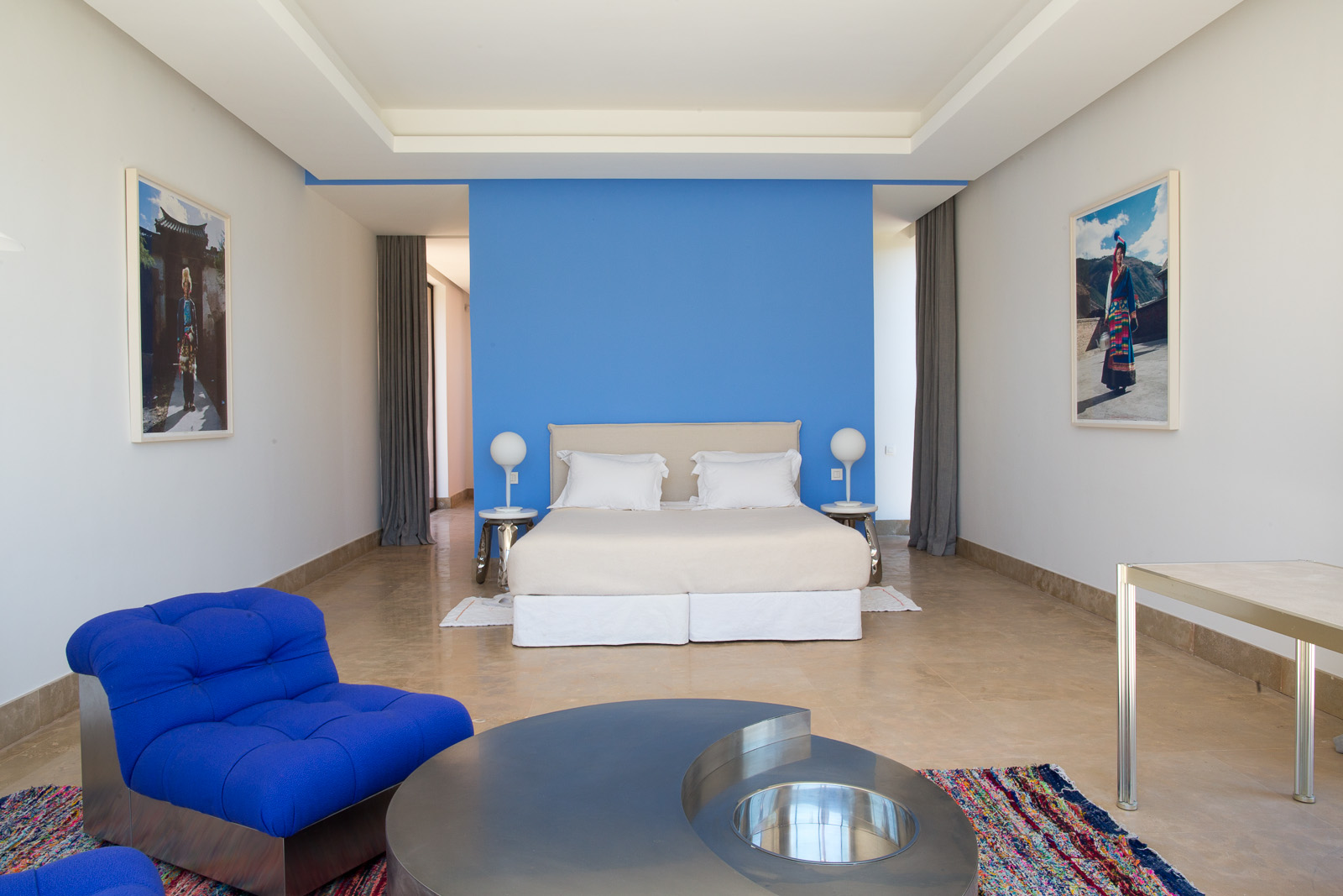 Azaren-blue-cabin-13.jpg