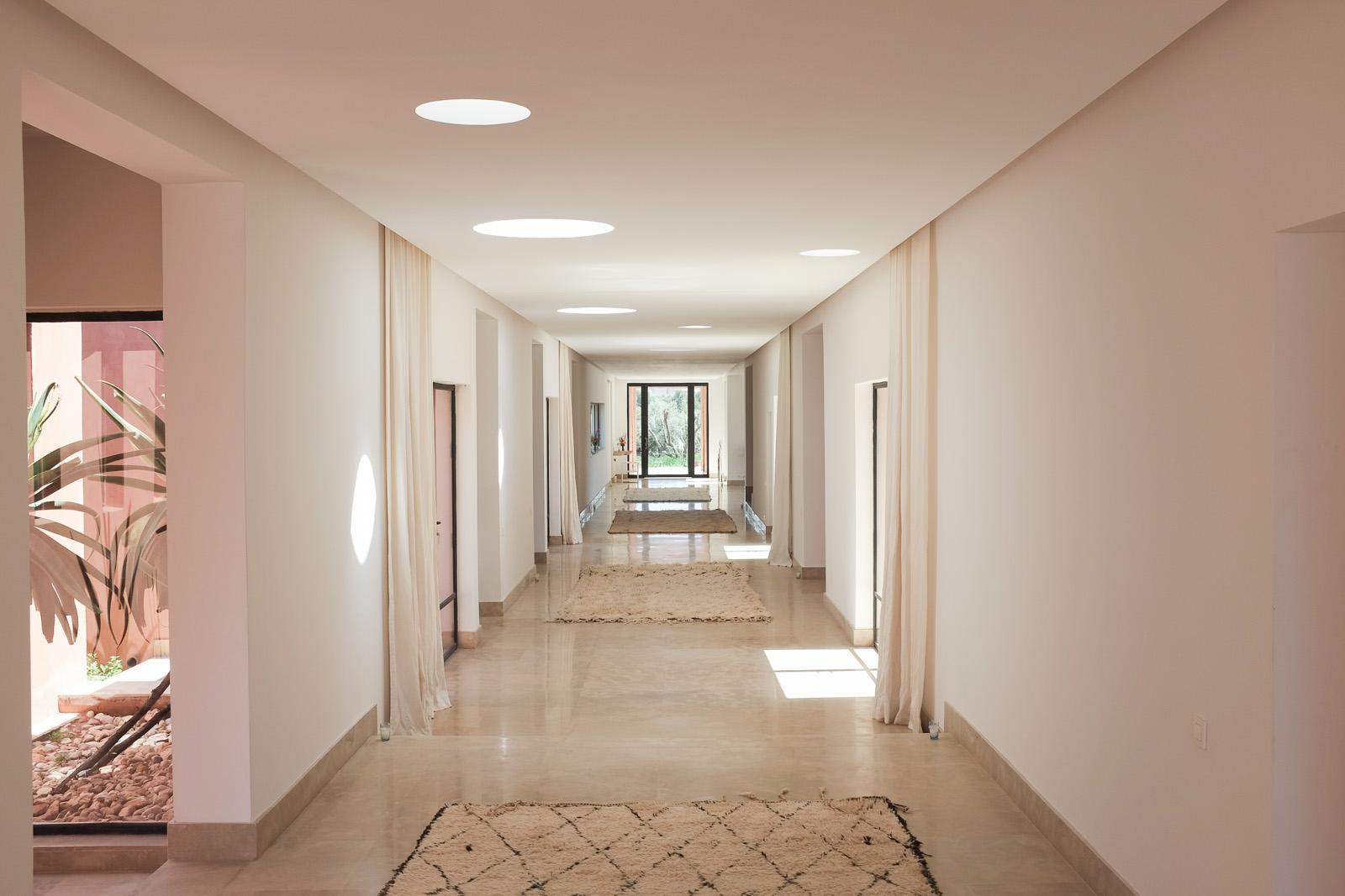 Azaren-hallway2.jpg