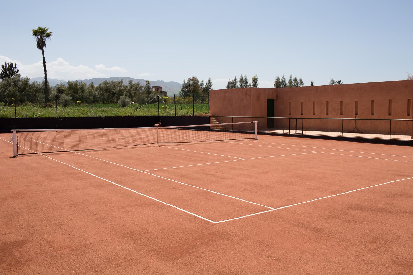 Azaren-Tennis-2.jpg