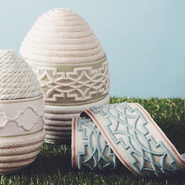 Happy Easter! Wishing you a day filled with joy, happiness and peace. #eastereggs via #samuelandsons