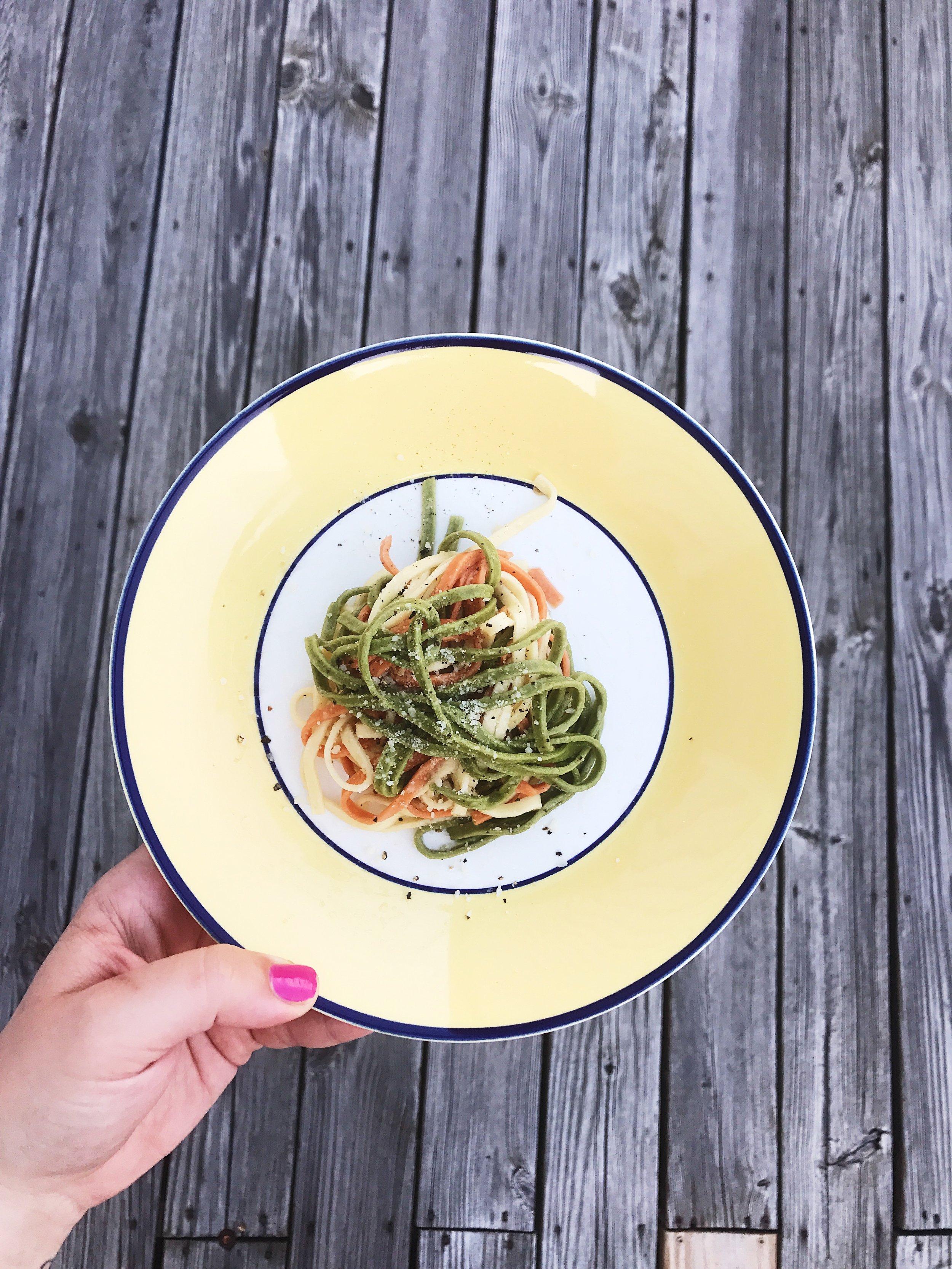 Linguini aglio olio.