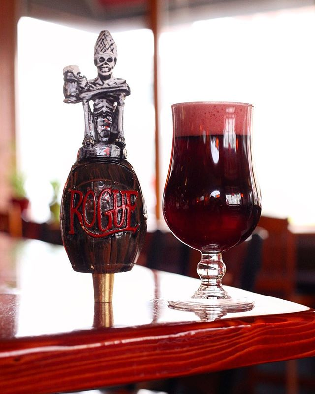 This super luxe garnet beauty by @rogueales is CURRENT-ly curing our winter blues. Zing!Counter Current ale is brewed with black currents from their farm. Tart and floral with a little bit of funk.
