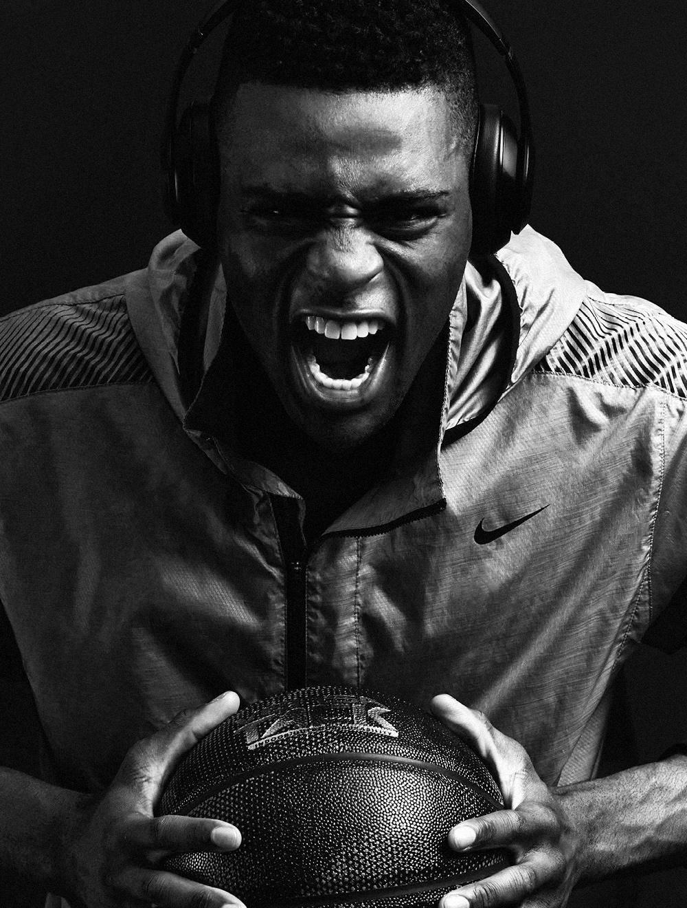Everett_Aaron_Okayama_Basketball6.jpg