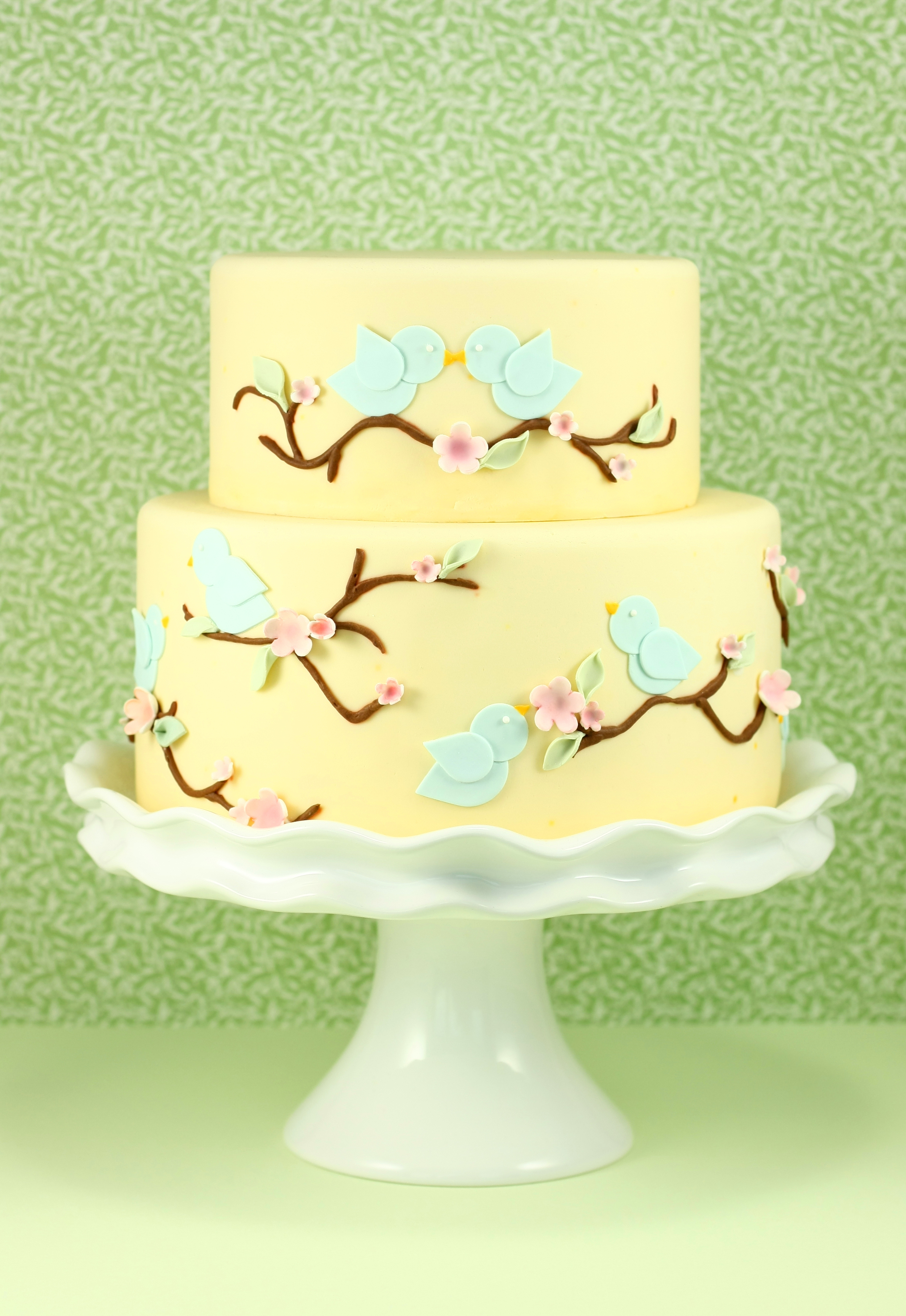 eatcakebemerry_lovebirds_cake.jpg