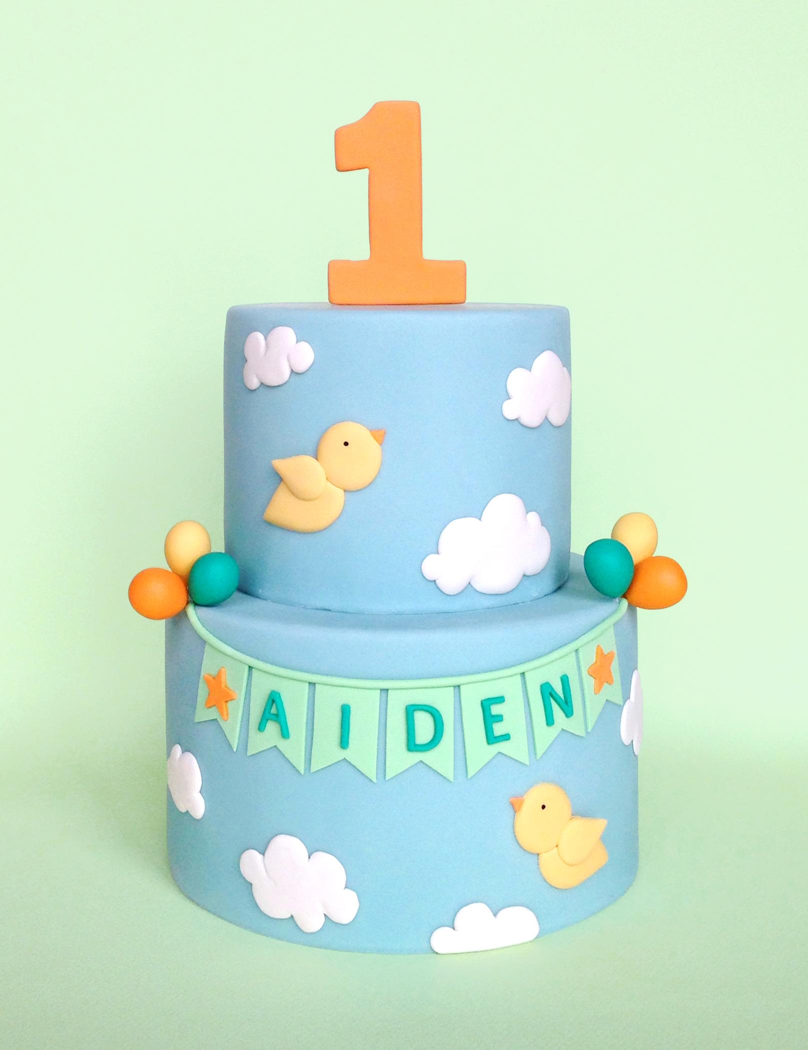 eatcakebemerry_birds_sky_clouds_cake.jpg