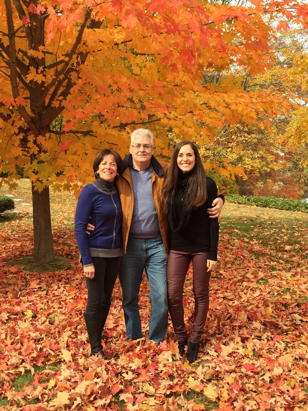 In the same vegan leather H&M burgundy pants and black booties and Zara top as the previous picture.  Perfect for a fall family foliage stroll in CT!