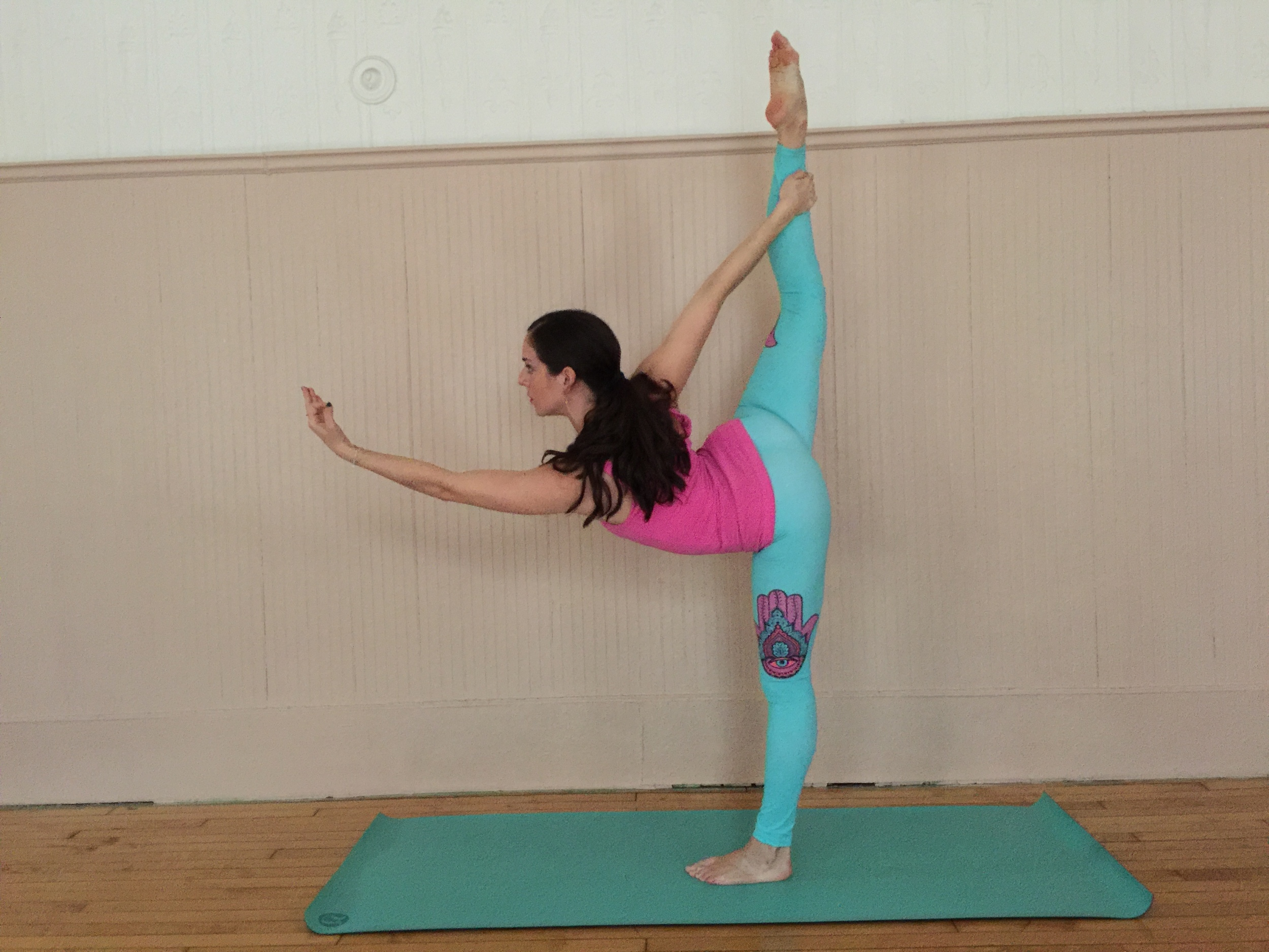 Wearing my new  Altar Ego Apparel  Hamsa legging in yoga class. Photographed by  Francisco Graciano .