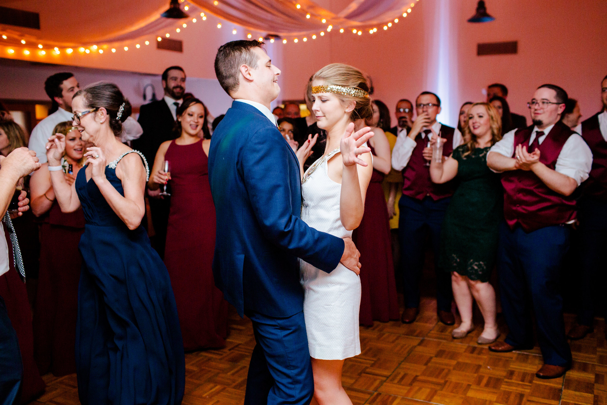 Jeff-and-Leslie-Wedding -9085.jpg