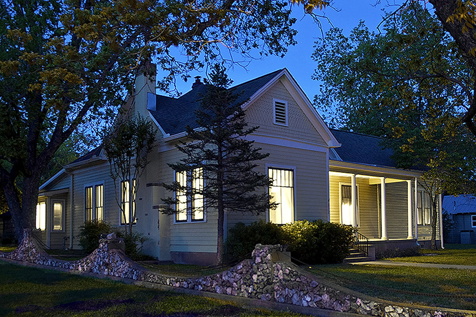 fredericksburg-tx-guest-house-orchard-house