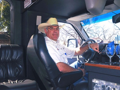 LimoCoachDriver1_400.jpg