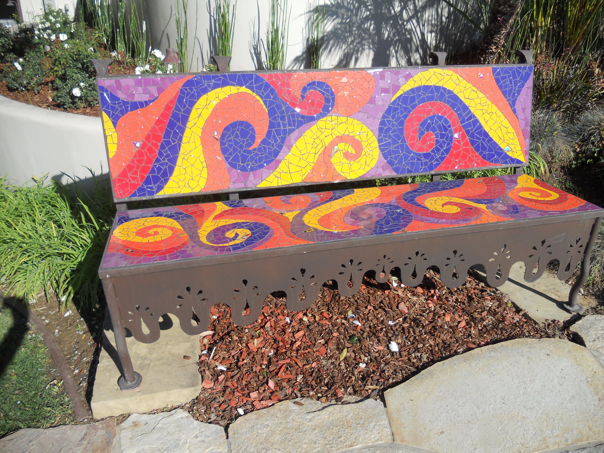 Swirling bench