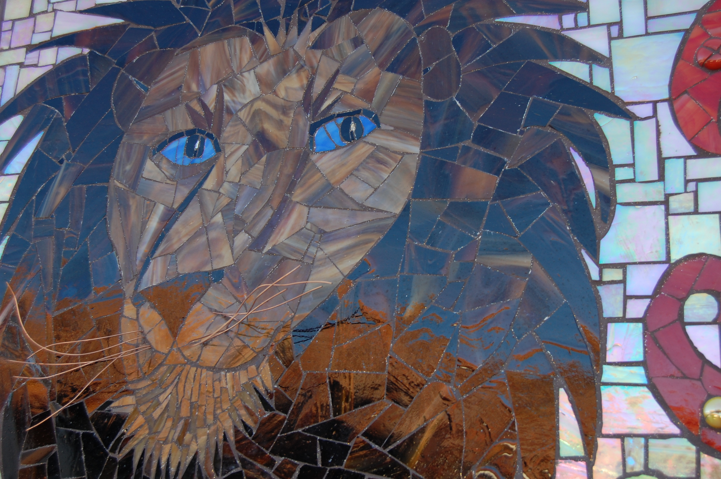 Lion details....whiskers are 3D copper wire.